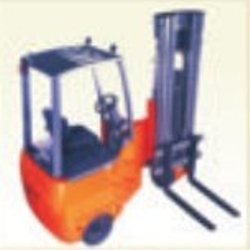 articulated-forklifts-for-very-narrow-aisle-250x250