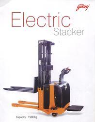 fully-electric-stacker-250x250